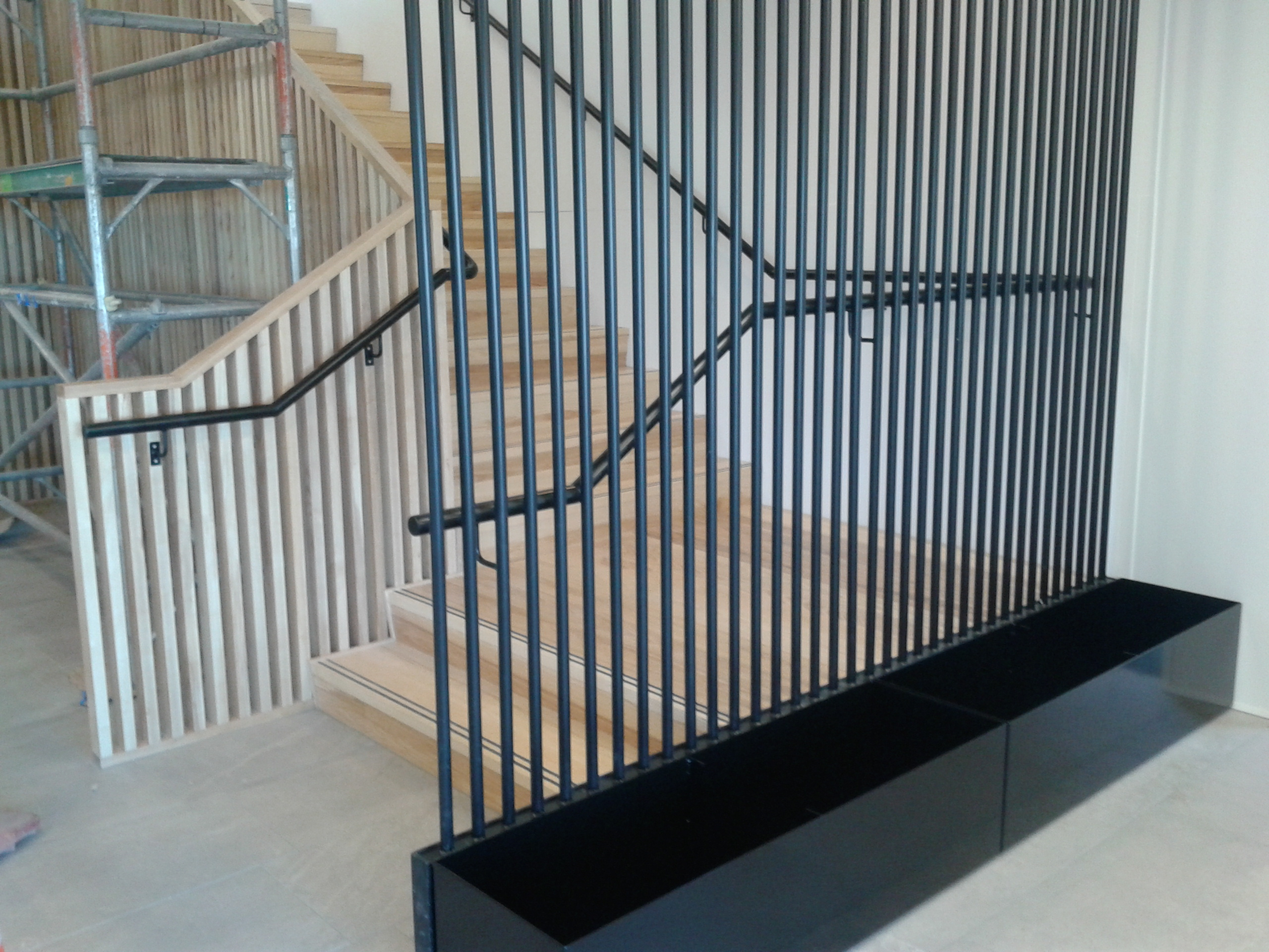 Architectural Powder Coated Steel Pipe Feature Wall & Stair Handrail
